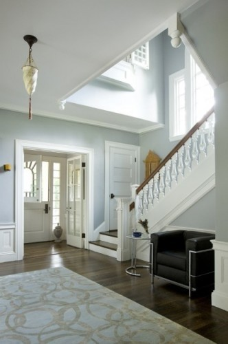 Open foyer design. Photo courtesy of homedecoratioclub.blogspot.com.